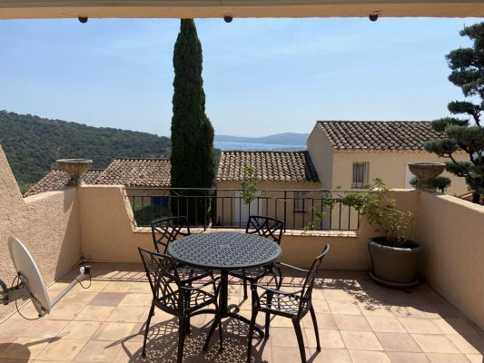 For sale apartment Grimaud - 2 rooms apartment with sea view