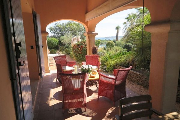 For sale house, villa Grimaud - Villa with sea view close to the beaches