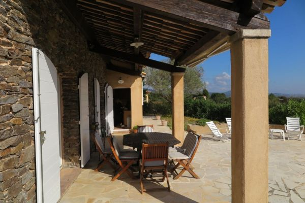 For sale house, villa Cogolin - Provençale house in very dominant position