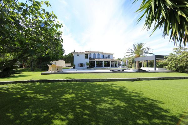 For sale house, villa Grimaud - Villa with pool near beaches