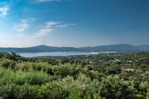 For sale house, villa Grimaud - Villa in a private domain with panoramic sea view