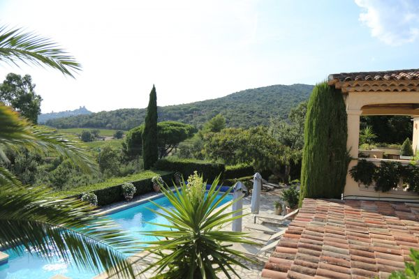 For sale house, villa Grimaud - Villa with panoramic view of the countryside and the vineyards close to the village