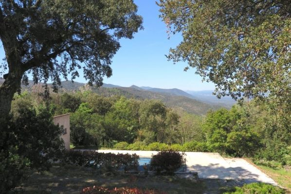 For sale house, villa La Garde-Freinet - House with panoramic view over the countryside in la Garde Freinet