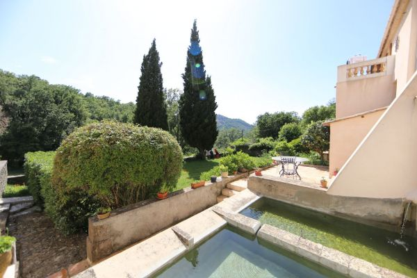 For sale house, villa La Garde-Freinet - House and outbuildings with swimming pool