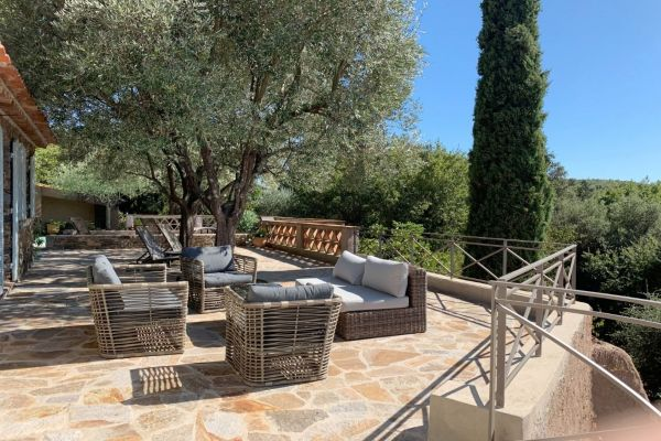 For sale house, villa La Garde-Freinet - Panoramic view on the village of La Garde Freinet